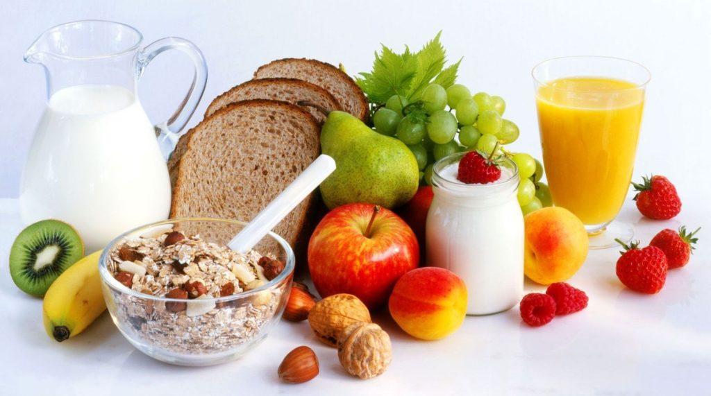Питание при болезни Бехтерева: список полезных продуктов, калорийность рациона и рекомендации